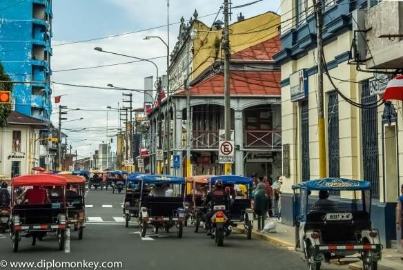 Rushhour in downtown Iquitos (along Iron House supposedly designed by Gustave Eiffel).